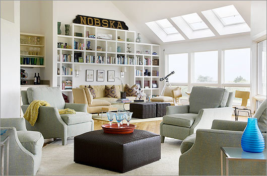 Good looking : This great room, in the Katama section of Edgartown, is built around a knockout view and is all about a laid-back lifestyle. The room's entire south wall is made up of windows looking out at the Atlantic. Read the story (Globe Magazine)