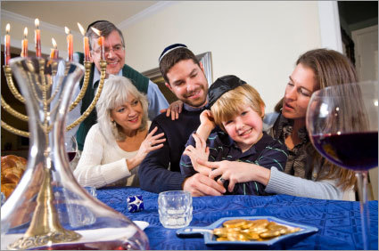 Keep your in-laws in line. Whatever your religious preferences, make sure to communicate with your parents and in-laws. If you would prefer not to have your children receive some holiday gifts, tactfully explain that to the grandparents. Because Hanukkah is not a fixed date on the calendar, many non-Jewish relatives often appreciate a reminder of when the holidays fall.