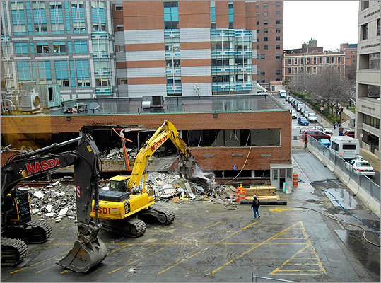 In December 2006, Dana-Farber had to demolish two buildings and a street level parking lot to make room for the Yawkey Center.