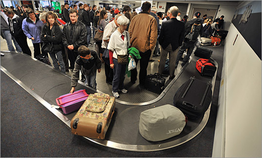 2. Baggage Number of complaints: 1,784 Even if you make it to your destination on time, there's always a chance that your baggage won't. People complained about lost, damaged or delayed luggage, charges for excess baggage, carry-on luggage problems, and difficulties with airline claims procedures.