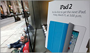 iPad 2 hits stores