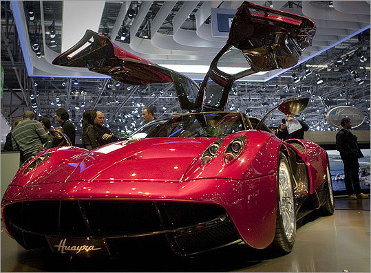 Italian car maker Pagani had its new Huayra on display.