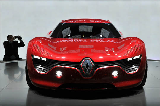A Renault Dezir electric concept car, which premiered originally at the 2010 Paris Auto Show, was on display.