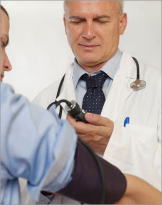 See a doctor If using cold compresses or saline eye drops doesn't help to alleviate eye symptoms and a nasal spay doesn't seem to help with mild nose symptoms, seeing your primary care doctor should be your first stop. Sheik said your primary care doctor can help decide if you should see an allergist/immunologist.
