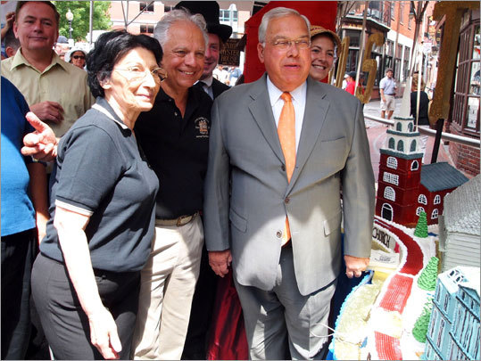 "Mayor Thomas M. Menino joined the Milanos for the celebration. 'Many times I've sat at that raw bar having cherrystones with a little lemon on it,"" Menino said. ""It's fabulous."""