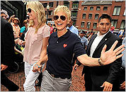 Portia de Rossi (left) and Ellen DeGeneres