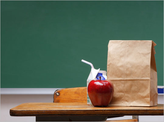 If ensuring your child has a healthy, nutritious lunch in his or her school backpack seems like an overwhelming and time consuming task, we've got good news: It doesn't have to be! We asked Dr. David Ludwig , director of the New Balance Foundation Obesity Prevention Center at Children&#146;s Hospital Boston and author of the book, 'Ending the Food Fight: Guide Your Child to a Healthy Weight in a Fast Food/Fake Food World,' for tips on how to build a better lunch for your child.