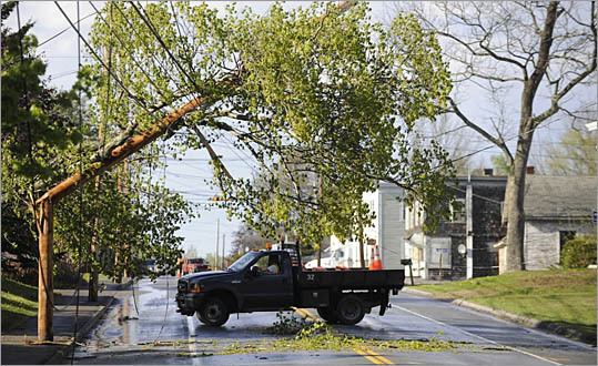 "In the aftermath of Tropical Storm Irene, motorists, bicyclists and pedestrians need to be especially vigilant when traveling along area roadways. In some areas there are still wires down, debris strewn along the roads, and traffic signals that are inoperative. John Paul, AAA's ""Car Doctor"" and manager of traffic safety, has several tips on getting around after the storm."