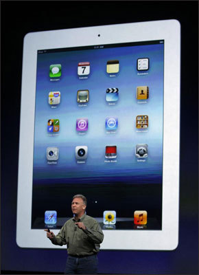 Battery life The new iPad has a 10-hour battery life that is reduced to nine hours if using the 4G connection. Amazon estimates its product allows up to eight hours of continuous reading or 7.5 hours of video playback with wireless off.