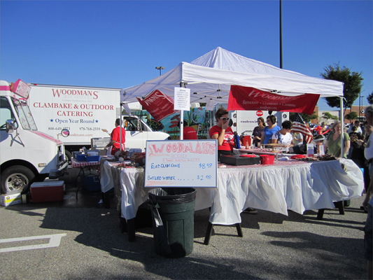 Essex-based seafood restaurant Woodman's brought the New England clambake to life. As they continually handed out food throughout the day, the smell of clams baked with dough wafted through the air.