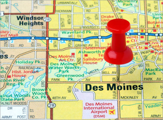2. Greenest Des Moines According to the magazine, this city has clean air, clean water, and lots and lots of green space. Des Moines has 334 parks, covering nearly twice as many acres as the 100 cities Self surveyed, the magazine said.