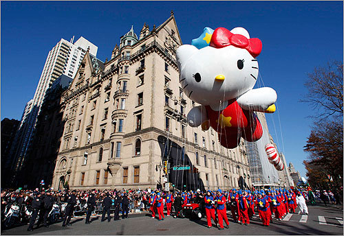The parade premiered in 1924 and is in its 85th year. The Super Cute Hello Kitty balloon made its appearance.