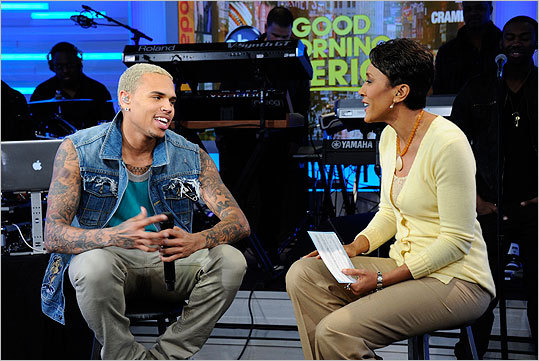 Chris Brown, Robin Roberts