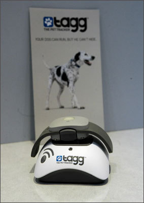 Now, you can keep track of your pets' locations with Tagg The Pet Tracker , a device that uses a GPS to find your missing pet.