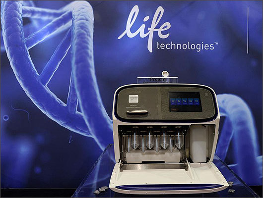 The Proton Semiconductor Sequencer from Ion Torrent Systems is a DNA sequencing machine and chip designed to sequence an person's entire genome in about eight hours for $1,000. The company said the $149,000 machine benefits research and clinical applications because it cuts the current time of about a week and cost of about $3,000 to sequence a genome.
