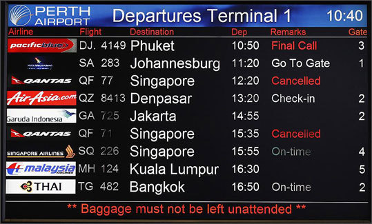 Prompt notification of delays of over 30 minutes, as well as cancellations and diversions Airlines must notify passengers and the public about flight irregularities of all types, including cancellations, diversions, and delays that are over 30 minutes, not only tarmac delays. This can be through e-mail, over the phone, or on the airport marquees.
