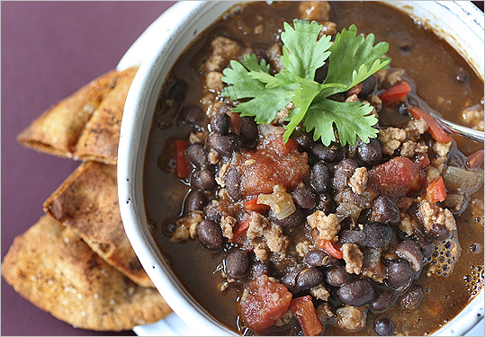 turkey chili with spicy chips