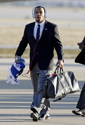 Patriots free safety Patrick Chung walked off the plane as the team arrived for the Super Bowl.