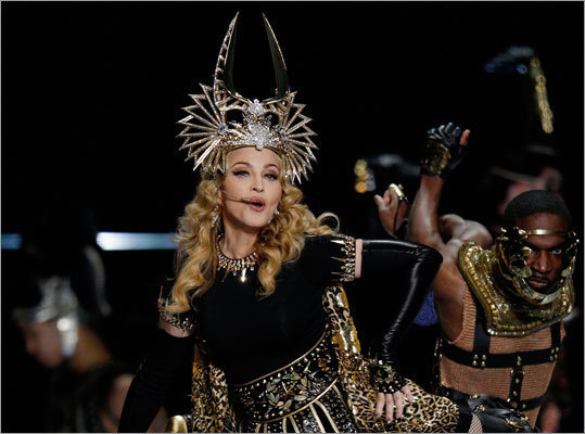 Here's a closer look at the elaborate Givenchy-designed headpiece Madonna donned during the first song.