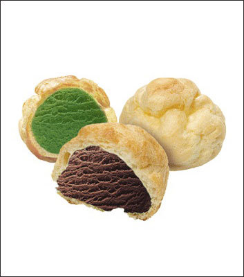 Baskin-Robbins South Korea - Ice Cream Choux Baskin-Robbins ice cream is wrapped in a light puff pastry for these treats. Shown are the green tea and chocolate varieties. Is Ice Cream Choux for you?