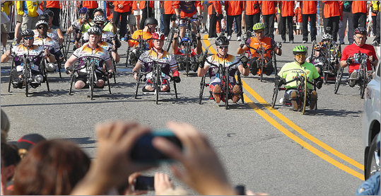 The handcycle participants started at 9:22 a.m.