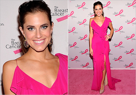 Allison Williams in Donna Karan