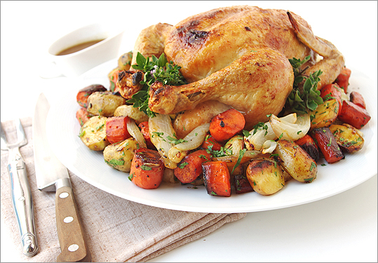 Roast chicken with vegetables and pan sauce