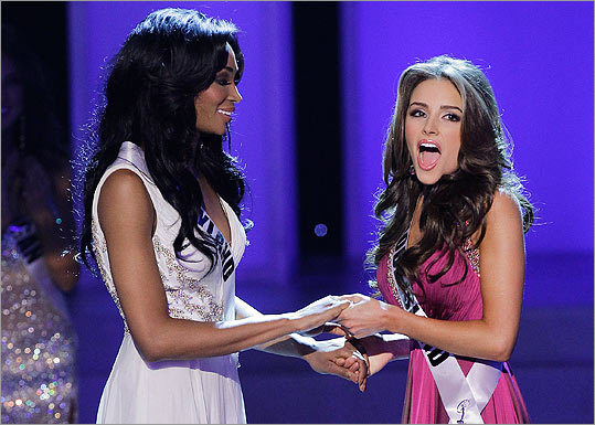 Miss Rhode Island Olivia Culpo, Miss Maryland Nana Meriwether