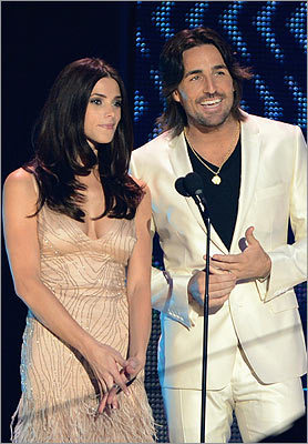 Ashley Greene, Jake Owen