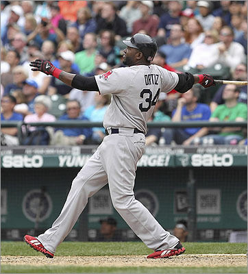 David Ortiz belted a sacrifice fly to right to drive in the winning run against the Mariners in the 10th inning.
