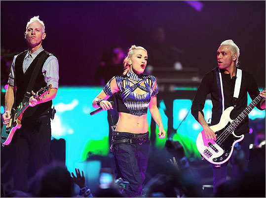 What is Gwen Stefani singing in No Doubt's hit 'Don't speak'?