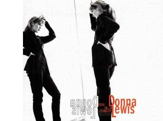 Which love lyrics sung by Donna Lewis in 'I love you always forever' are right?