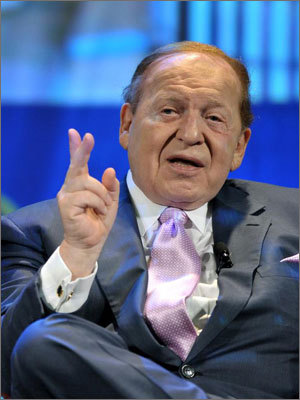 15. Sheldon Adelson Estimated net worth: $26.5 billion Adelson, 79, is the chairman and CEO of the Las Vegas Sands. He is the ninth richest person in the country. Forbes profile