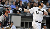 Watch: Adam Dunn, White Sox top Boston