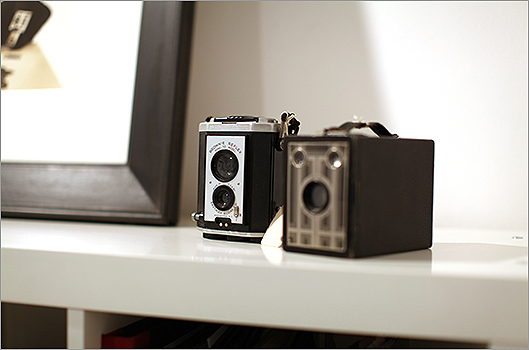 Old-fashioned cameras on display at the Robert Klein gallery.
