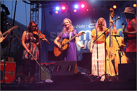 The bluesgrass act Della Mae was second up on stage.