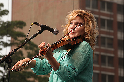Alison Krauss during her set.