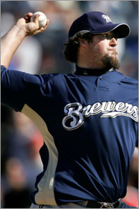 Eric Gagne blows a save for Brewers