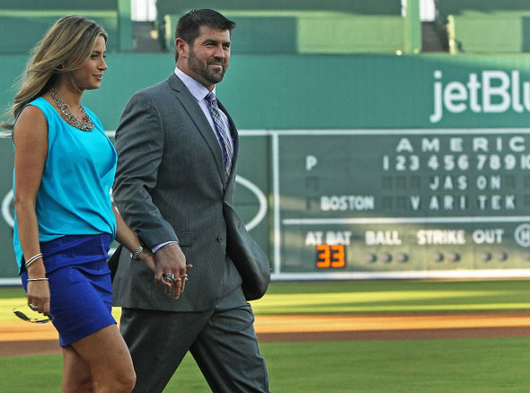 Jason Varitek says goodbye to baseball