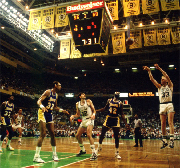 JUN 1987: BOSTON FORWARD LARRY BIRD SHOOTS A JUMP SHOT DURING THE THIRD QUARTER OF THE CELTICS GAME VERSUS THE LOS ANGELES LAKERS IN THE NBA FINALS AT THE BOSTON GARDEN