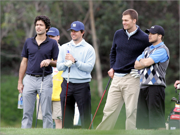 Newlywed and football star Tom Brady Guest Stars on one episode as Himself in a celebrity golf tournament for Autism Speaks. He is joined by Mark Wahlberg, Adrian Grenier, Kevin Dillon, and Jerry Ferrara.