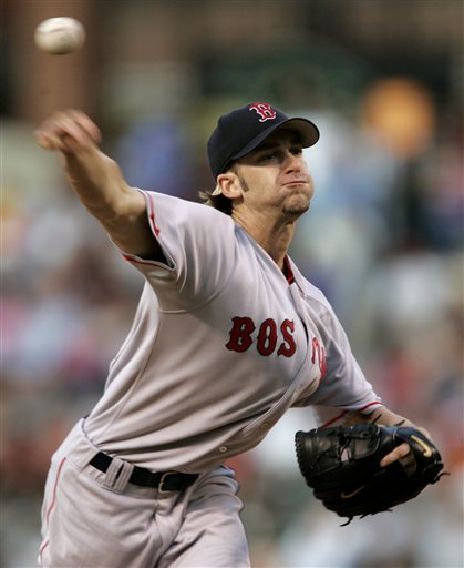 Bronson Arroyo Gets the Win