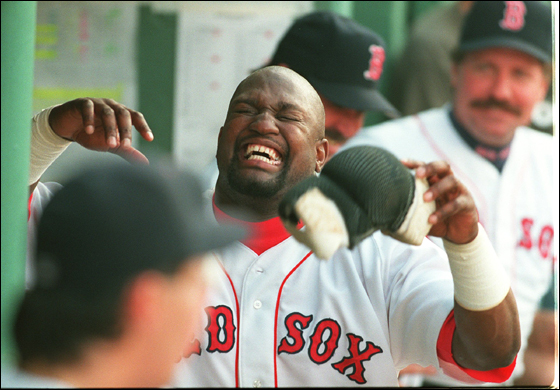 5/20/96: Mo Vaughn and manager Kevin Kennedy yuck it up during a 7 run third inning.