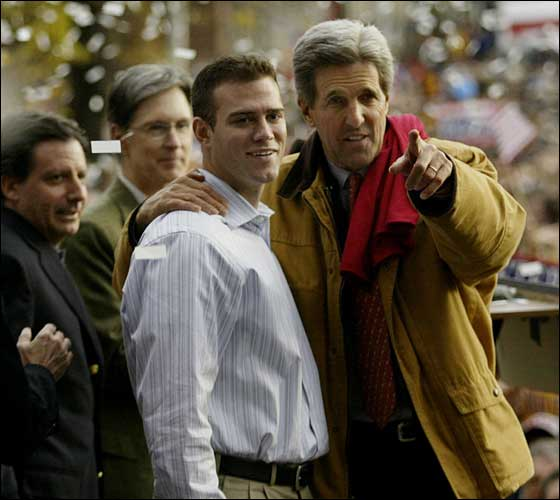 Theo on the John Kerry campaign trail in New Hampshire, Oct.31, 2004