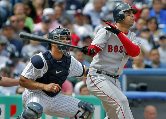 Alex Cora (right) and Yankees catcher Jorge Posada (left) got a good view of Cora's fifth-inning two-run homer.