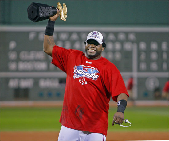David Ortiz with the ALCS trophy