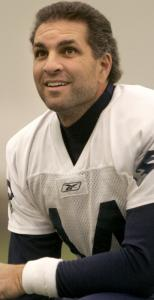 In his 21st NFL season, Vinny Testaverde projects to be the Patriots' No. 3 quarterback.