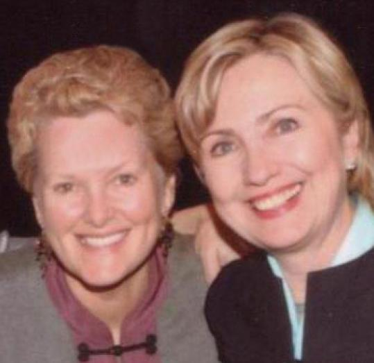 Swanee Hunt said she was drawn to Hillary Clinton because the senator's story was one to which many women could relate.