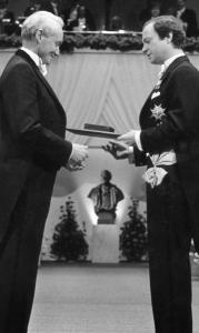 Kai Siegbahn (left) received the Nobel in physics from Sweden's King Carl Gustaf.