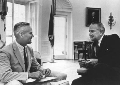 Daniel Baugh Brewster (left), with President Lyndon Johnson at the White House.